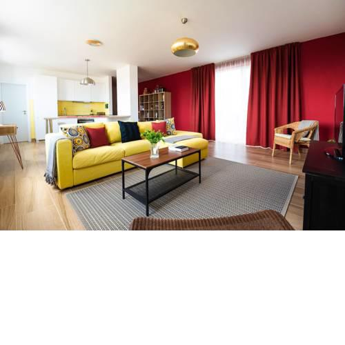 Private 5 star - Stylish - 3 room flat with secured in-door Pkg